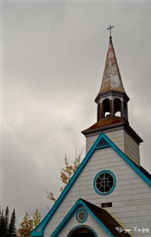 Une mignonne église à la sortir de l'Étape!